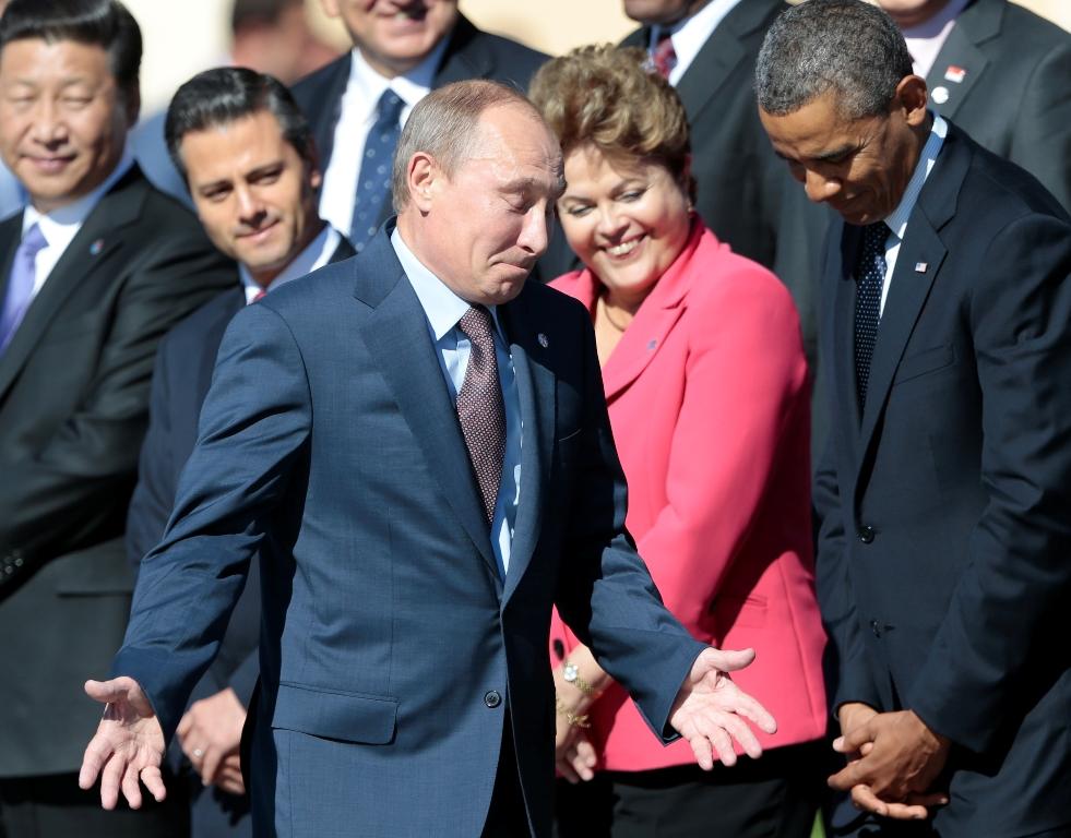 Ομπάμα: «Ο Πούτιν δήθεν βαριέται, για να εμφανίζεται μάγκας στη Ρωσία»!