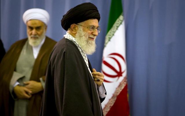 Αγιατολάχ: «Οι ΗΠΑ θα ανέτρεπαν την ιρανική κυβέρνηση αν μπορούσαν»