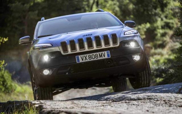 Νέα «σελίδα» για το δημοφιλές Jeep Cherokee