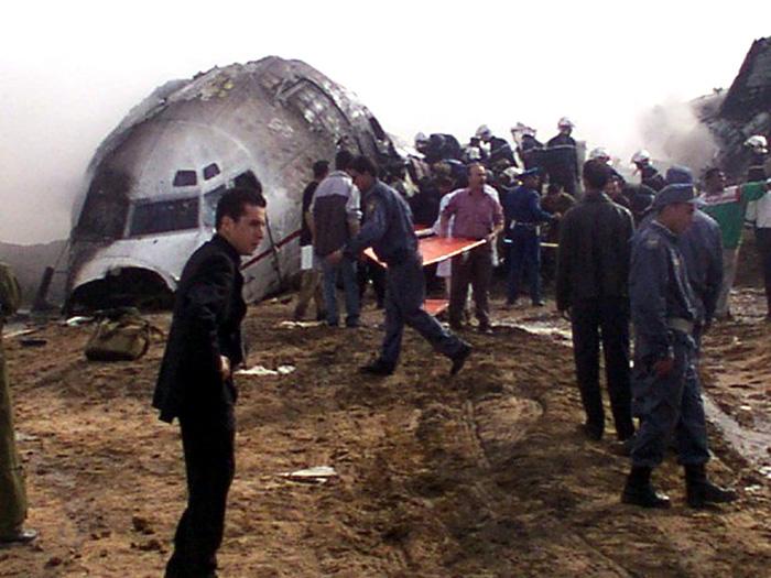 Πολύνεκρο αεροπορικό δυστύχημα στην Αλγερία
