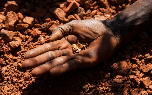 Παγιδευμένοι περισσότεροι από 200 μεταλλωρύχοι στη Νότια Αφρική