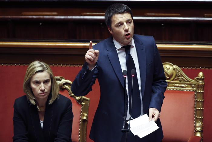 Ψήφο «εξόδου από την κρίση» ζήτησε από τη Γερουσία ο Ματέο Ρέντσι