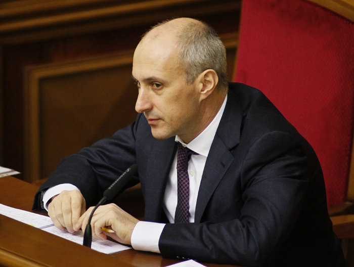 Στην «αγκαλιά» του ΔΝΤ η Ουκρανία