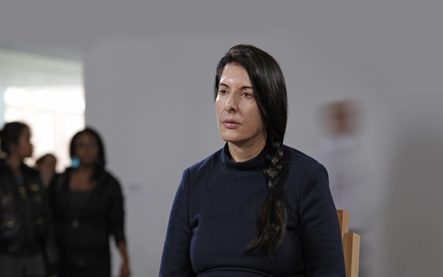 marina-abramovic-the-artist-is-present-1024