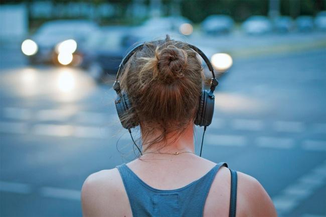 Ακούστε μουσική στον δρόμο με ασφάλεια
