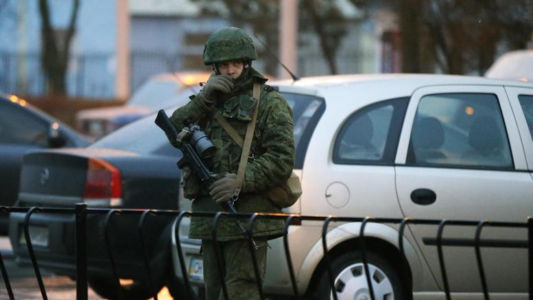 Ρώσοι ελέγχουν τα αεροδρόμια της Κριμαίας;