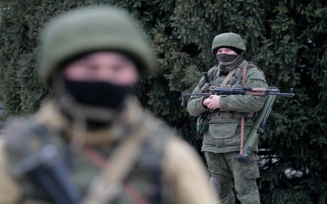 Η Μόσχα ξαναμοιράζει την «τράπουλα» στην Ουκρανία