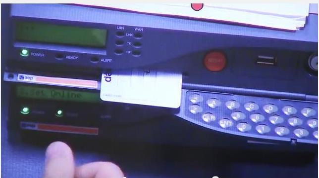 Βίντεο: Επτά άνθρωποι ελέγχουν το διαδίκτυο