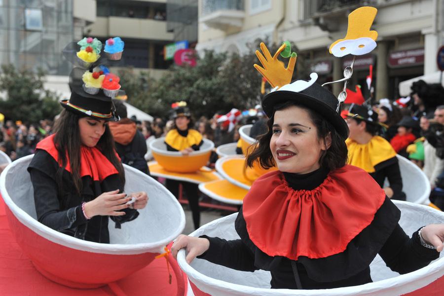 Ακυρώνεται το καρναβάλι της Πάτρας- Σκέψεις για μετάθεσή του το καλοκαίρι