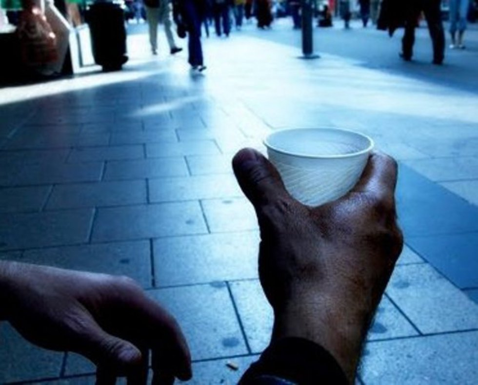 Δραματική φτωχοποίηση της Ελλάδας