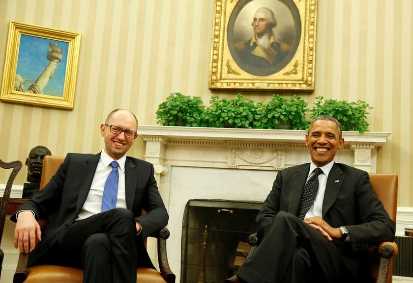 Ομπάμα: «Θα σταθούμε στο πλευρό της Ουκρανίας»