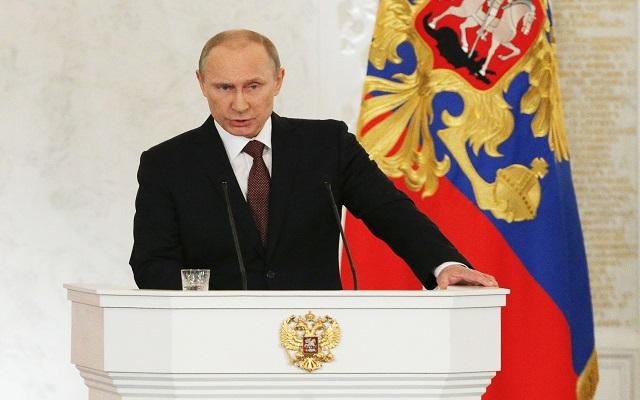 Ο Πούτιν «καλωσόρισε» την Κριμαία στη Ρωσία