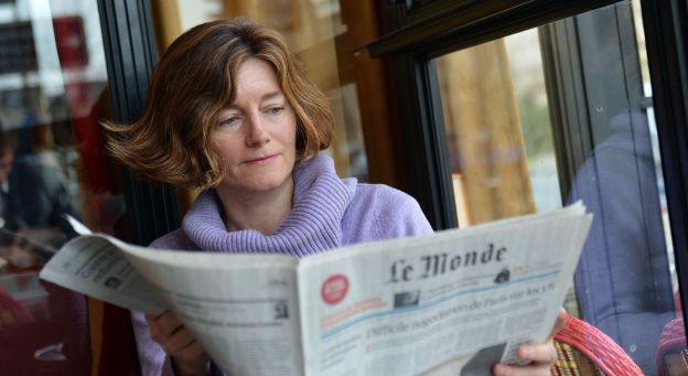 Η δύναμη των λέξεων της διευθύντριας της γαλλικής Le Monde