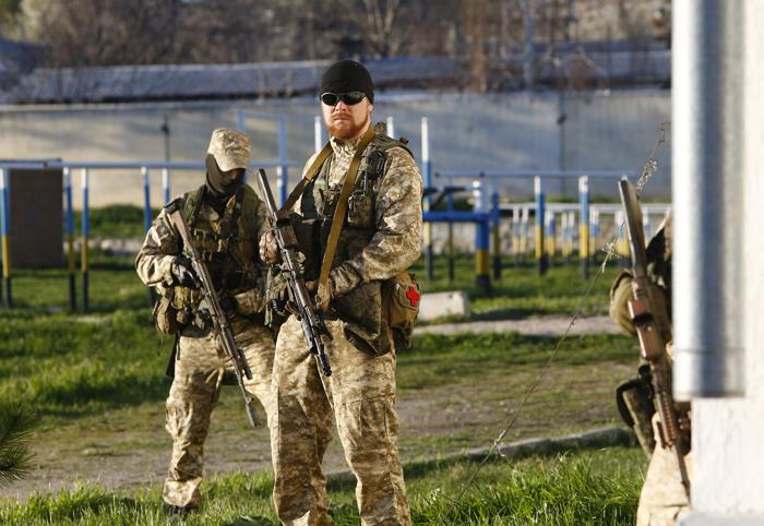 Υπό επίσημο στρατιωτικό έλεγχο η Κριμαία