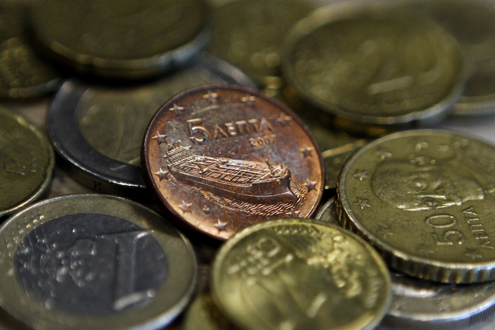16 δισ. ευρώ κοστίζουν τα «φέσια» στην ελληνική οικονομία