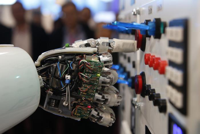 Όταν οι διάσημοι επενδύουν στην τεχνητή νοημοσύνη