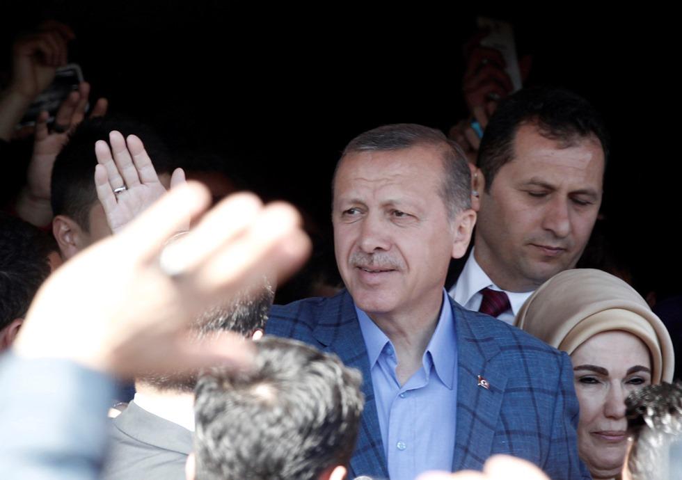 Προβάδισμα του Ερντογάν στις δημοτικές εκλογές