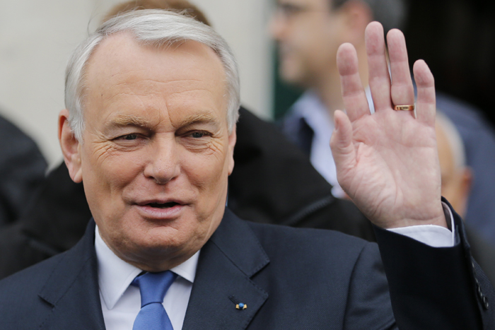 Παραιτήθηκε ο Γάλλος πρωθυπουργός