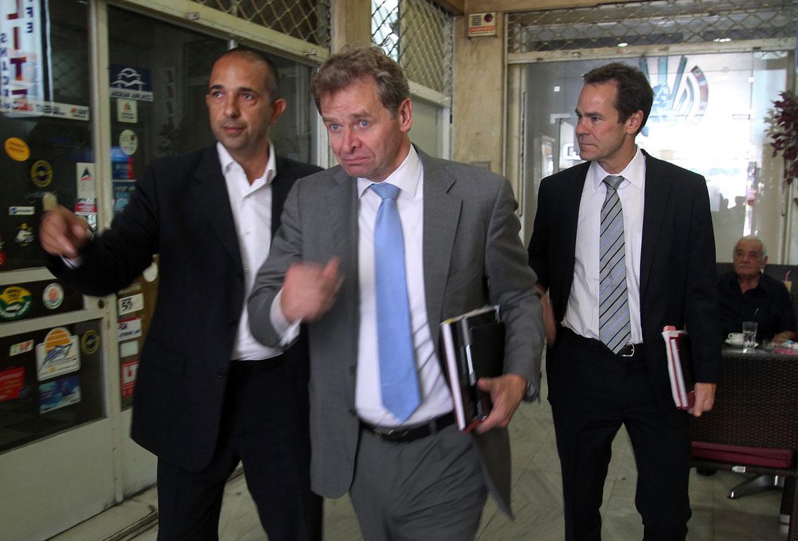 «Πονοκέφαλος» για την Ελλάδα τα 13 δισ. ευρώ για το 2015