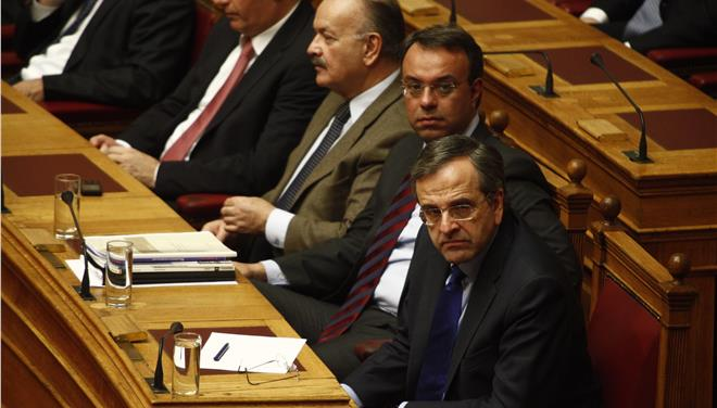 Η κυβέρνηση ρίχνει τον πήχη για τις διαπραγματεύσεις στο Παρίσι