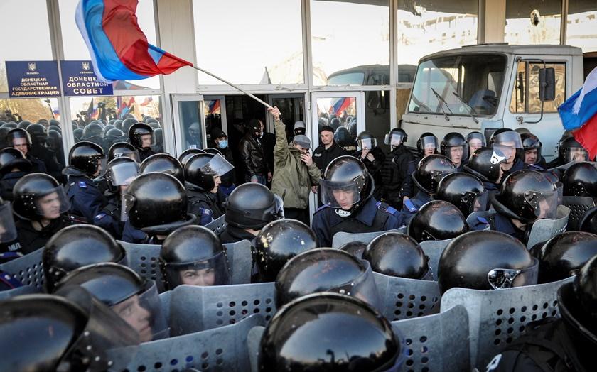 Επιστρέφει η ένταση στις ανατολικές επαρχίες της Ουκρανίας