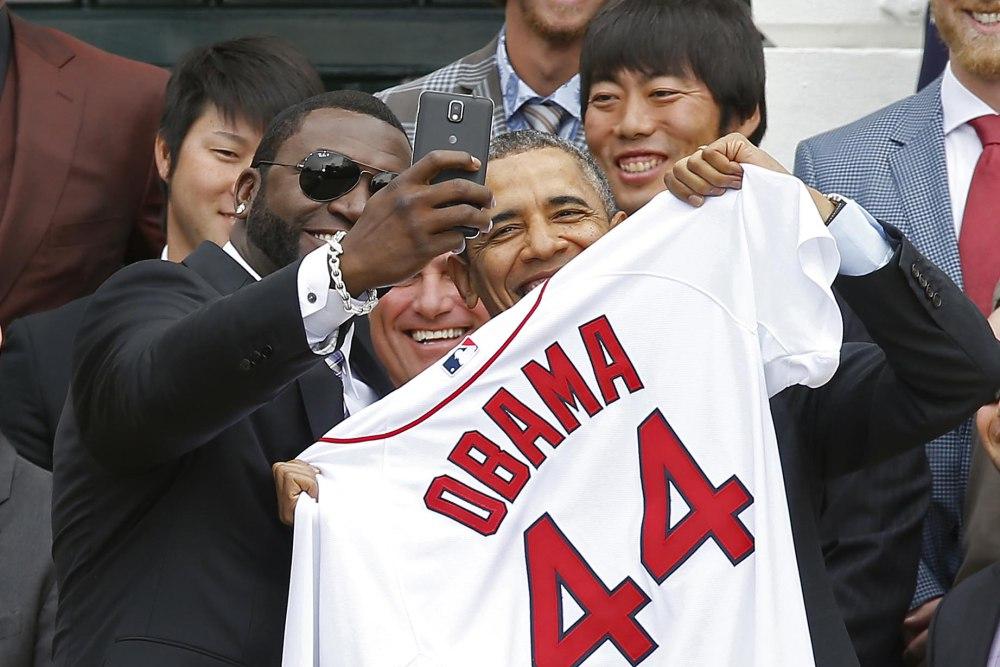 Βάζει «τέλος» στα selfies ο Μπάρακ Ομπάμα;