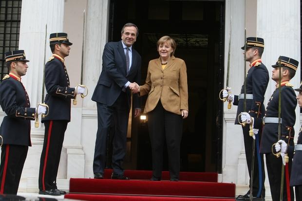 Η Μέρκελ στηρίζει την «πορεία εξυγίανσης» της Ελλάδας