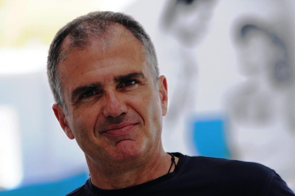 Ο Έλληνας επιχειρηματίας που «έφερε» το Λος Άντζελες στο Κολωνάκι!