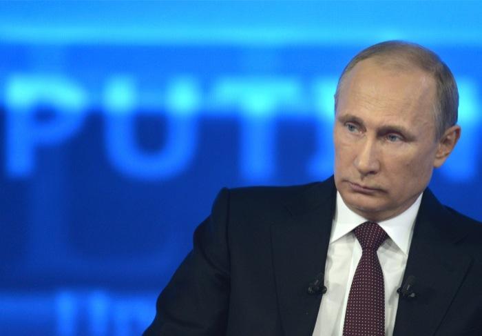 Πούτιν σε Σνόουντεν: Δεν παρακολουθούμε αδιακρίτως πολίτες