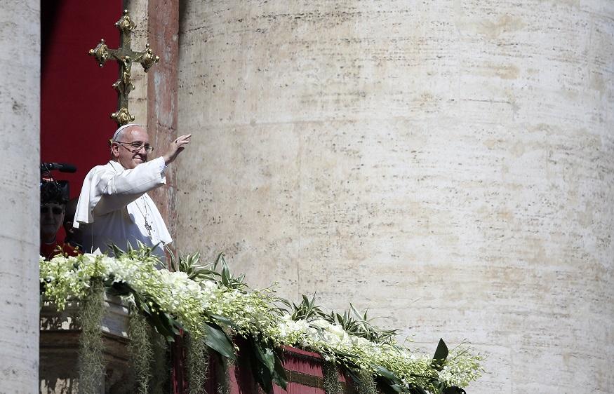 Ο Πάπας Φραγκίσκος κάνει έκκληση για ειρήνη