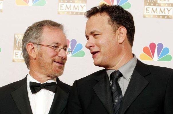 Συνάντηση γιγάντων: Τομ Χανκς και Στίβεν Σπίλμπεργκ ξανά μαζί