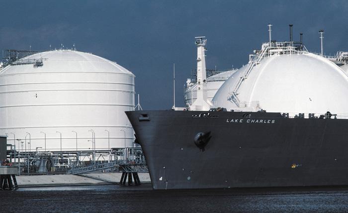 «Στροφή» στο LNG επιδιώκει η ελληνική ναυτιλία