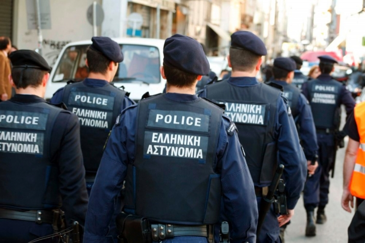Σε εξέλιξη μεγάλη αστυνομική επιχείρηση στην Αθήνα