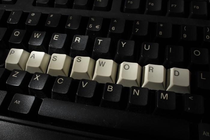 Απλοί τρόποι προστασίας από τους χάκερ