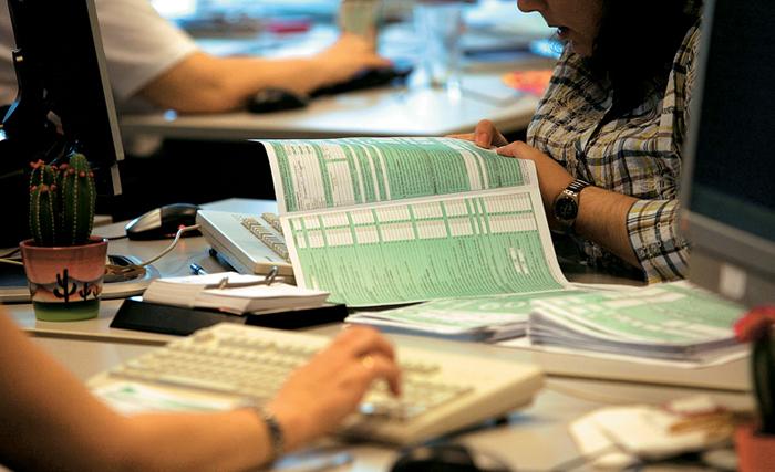 Τέλος στις δηλώσεις ΦΠΑ για μικροεπιχειρηματίες και μπλοκάκια