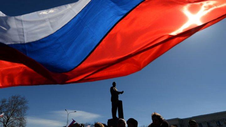 Η Μόσχα ζητά το τέλος των «μιλιταριστικών δηλώσεων»