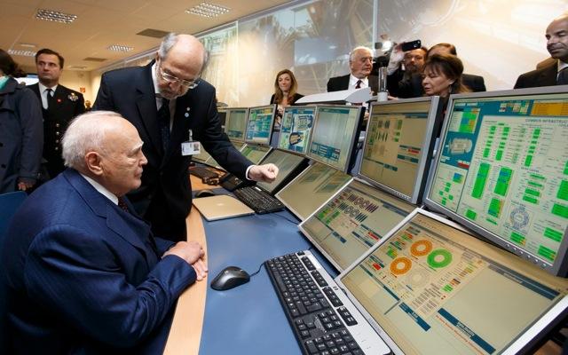 Στο CERN βρέθηκε ο Κάρολος Παπούλιας
