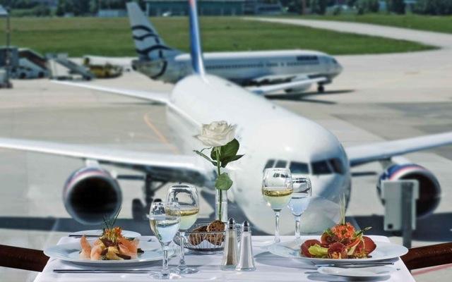 Οι μεγάλοι σεφ «προσγειώνονται» στα αεροδρόμια