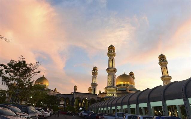 Μοϊκοτάζ διάσημων στα ξενοδοχεία που ανήκουν στο Μπρουνέι