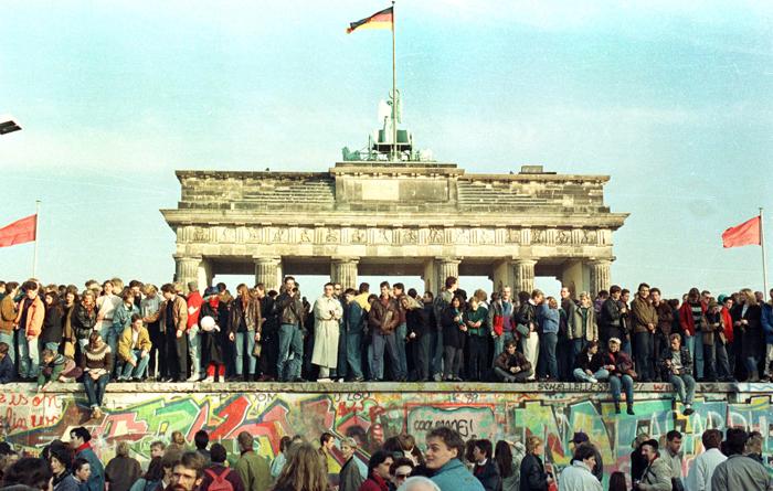 Το ασύλληπτο κόστος της επανένωσης της Γερμανίας