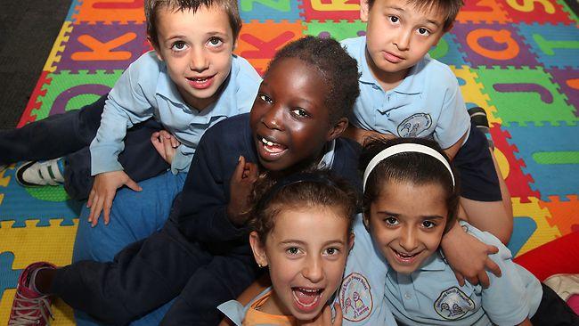 Ένα σχολείο με 600 μαθητές και 42 γλώσσες