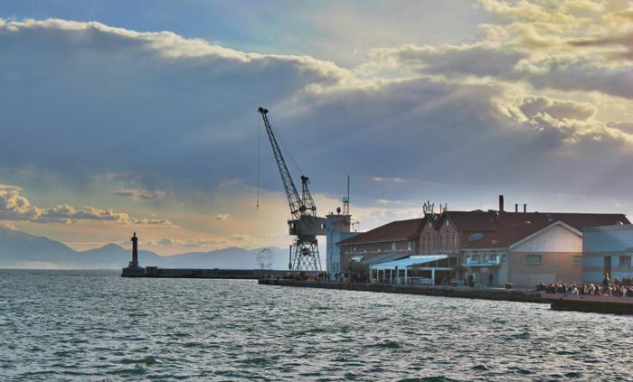 Στροφή των Ρωσικών Σιδηροδρόμων στο λιμάνι Θεσσαλονίκης