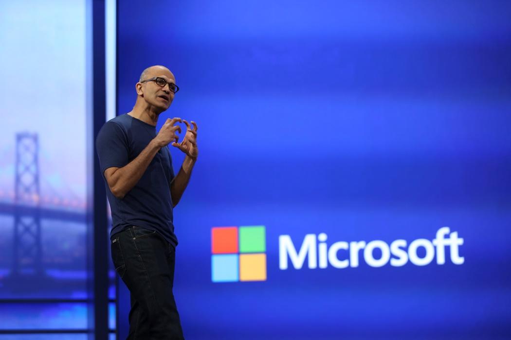 H Microsoft καλείται να μοιραστεί κέρδη με τον «εχθρό» της