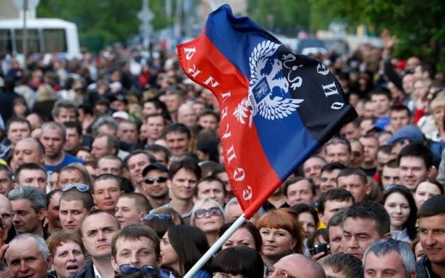 Εν αναμονή του αποτελέσματος του δημοψηφίσματος στην Ουκρανία
