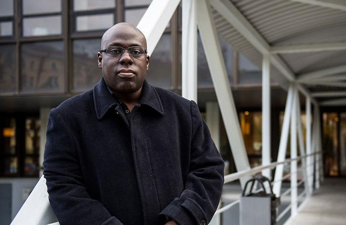 Ο υποψήφιος ευρωβουλευτής που δεν φοβάται το «μαύρο»