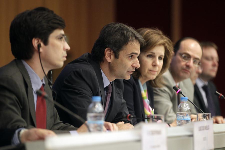 Η μελέτη του ΟΟΣΑ για τη μείωση των διοικητικών βαρών