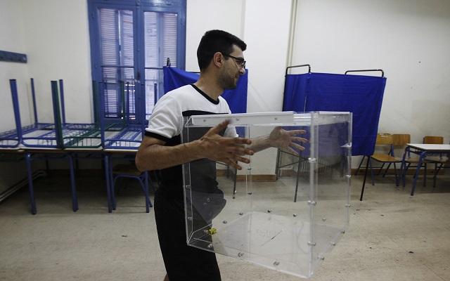Δημοτικές εκλογές: Ποιοι είναι οι πρώτοι δήμαρχοι που εξελέγησαν