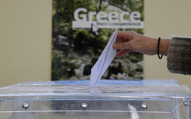 Ξεκίνησε η εκλογική διαδικασία – Άνοιξαν στις 7 το πρωί οι κάλπες