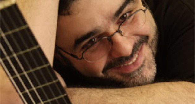 Yiorgos Magoulas solo performance
