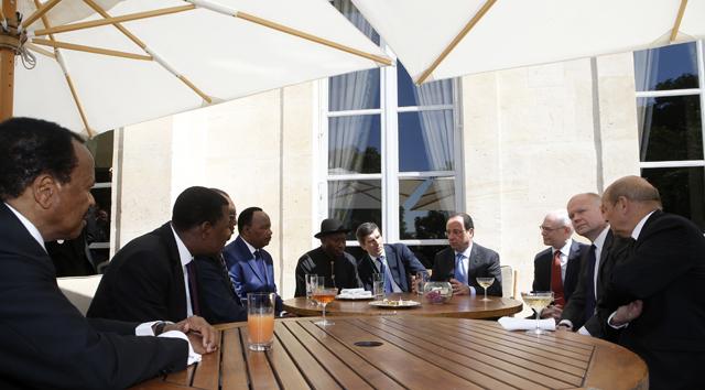 Πέντε Αφρικανοί ηγέτες κηρύσσουν τον πόλεμο στην Μπόκο Χαράμ